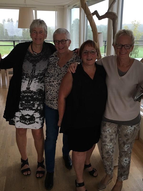 Britt, Jorunn, Sissel og Wenche vant lørdagens schrambelturnering