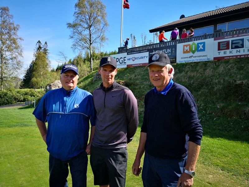 Sverre S Skjørten i midten, Ivar Gulli og Steinar Vatnedal (foto H Djupvik)