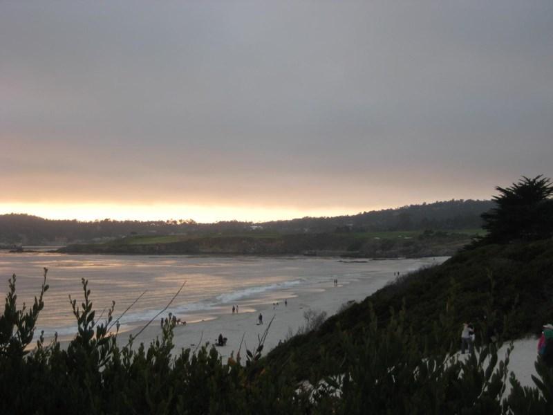 Utsikten fra Carmel-by-the-sea til Pebble Beach Golf Links
