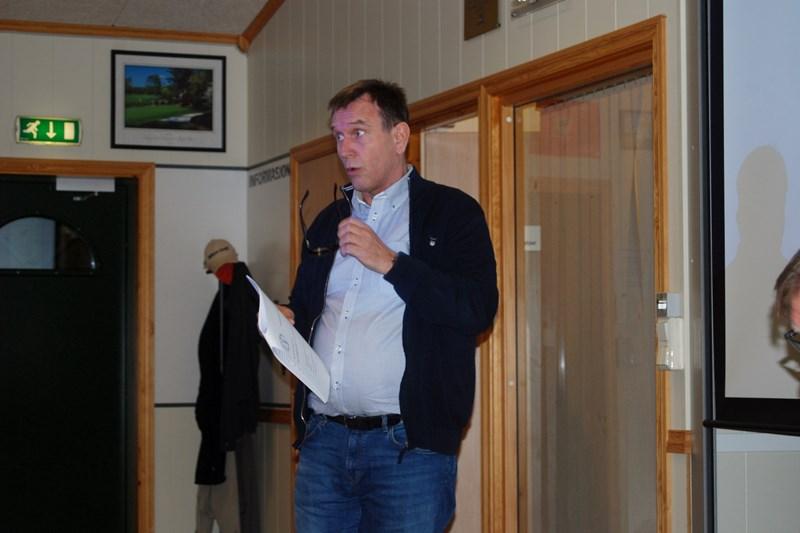Raymond Tørresen gjennomgikk strategiplan (foto p jørgensen)
