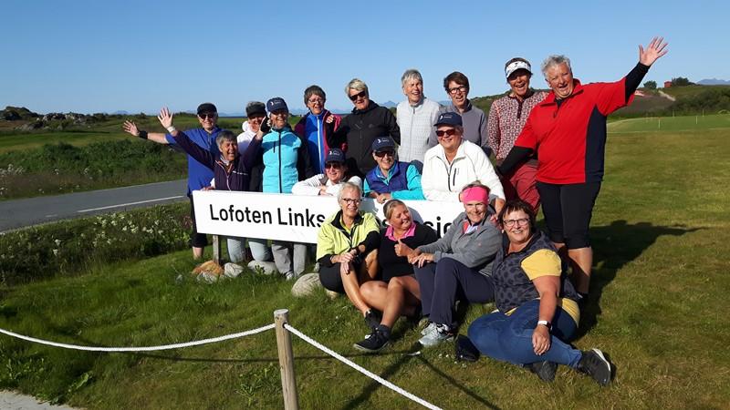 Golfdamer på tur til Lofoten