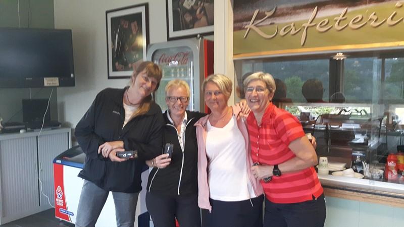 Vinnerlaget, Randi Lisa, Wenche, Laila og Kristin.