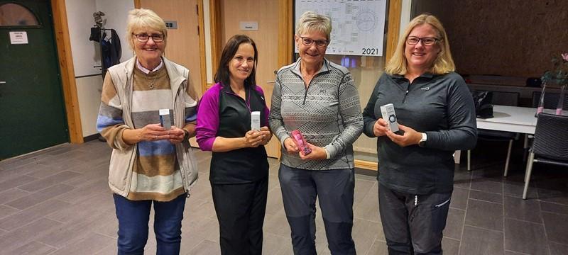 Det ene vinnerlaget. Anne Grete, Siri, Arna og Kari.