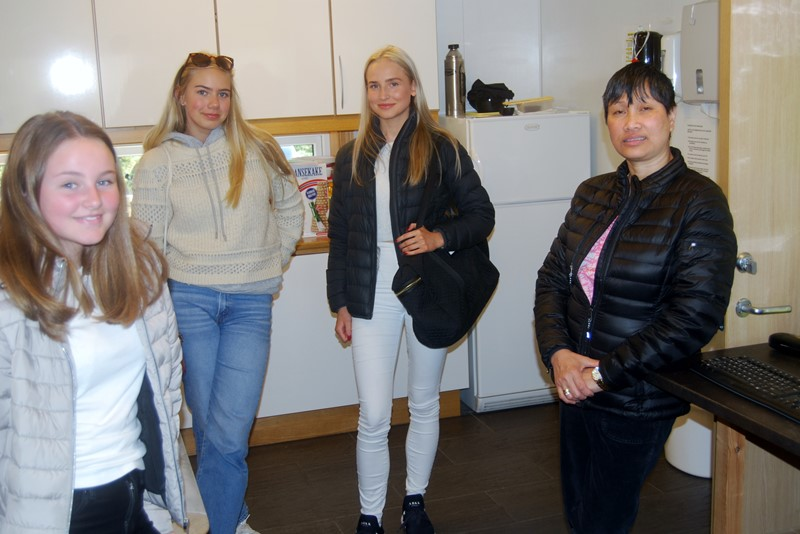 Fra venstre Tuva, Ida Marie, Oda og Rose (foto per j)
